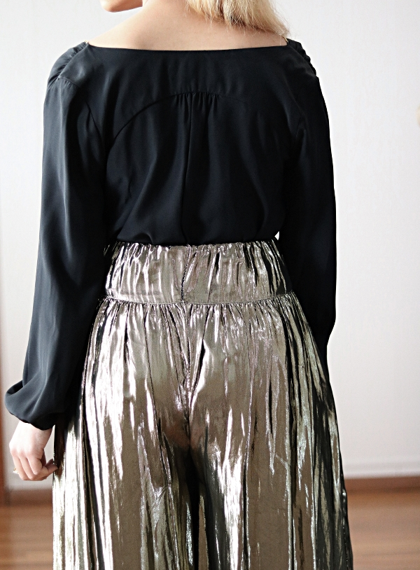 Metallic Skirt Refashion: Back