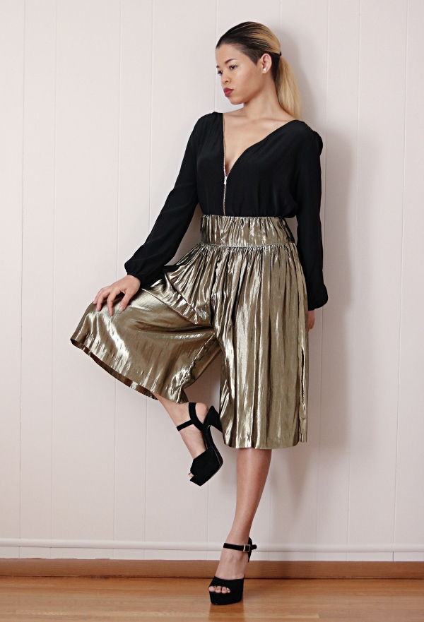 Metallic Skirt Refashion: Culotte
